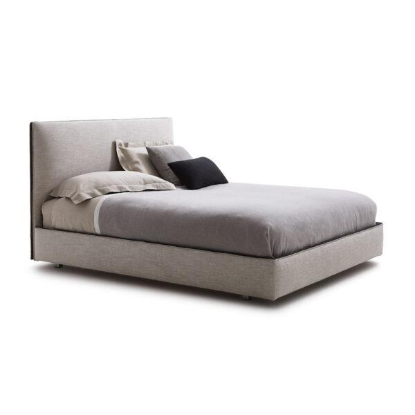 Ribbon säng i italiensk design